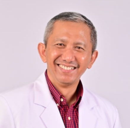 dr. Sugiarto, SpPD-KR